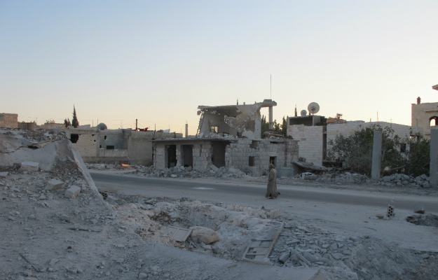 http://www.foreignpolicy.com/articles/2012/10/15/Guerrilla_Country_Syria_Jebel_Zawiya